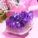 宝石 2月誕生石のアメシストの種類と見分け方や生前整理の仕方とは